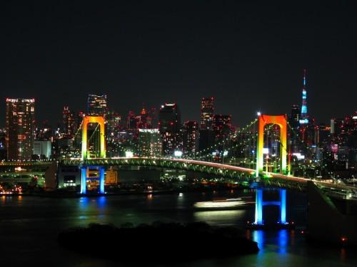 Rainbow colored Rainbow Bridge at night 500x375 綺麗!豪華・絢爛! 世界の夜景 画像集