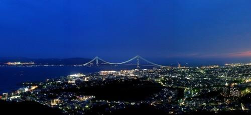 akashikaikyou bridge3 500x230 綺麗!豪華・絢爛! 世界の夜景 画像集