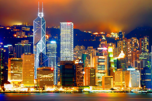 night view of central victoria harbor 500x333 綺麗!豪華・絢爛! 世界の夜景 画像集