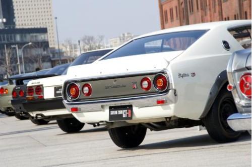 skyline tail 500x333 新型スカイラインのデザイン、顔はジャガー おしりはマークX?